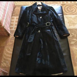 Jackets & Blazers - Vintage Faux Fur Black Trench Coat. Size: M
